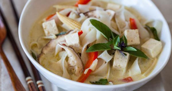Рецепт тайского супа с рисовой лапшой