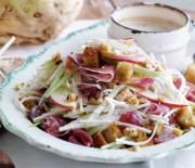 Яблочно-ореховый салат к Пасхе
