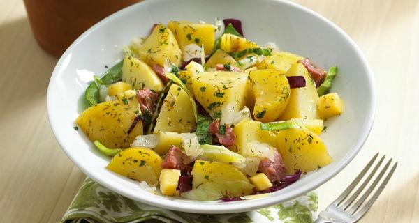 Картофельный салат - идеальный гарнир к мясу