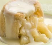 Шарлотка из белого хлеба с яблоками