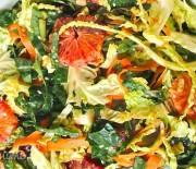 Салат с брюссельской капустой и апельсинами