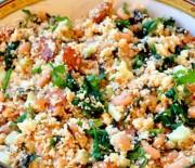 Кускус со шпинатом и овощами