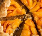 Медовая галета с абрикосами