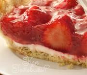 Пирог-тарталетка с кремом и клубникой