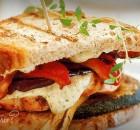 Клубный сэндвич с беконом