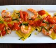 Равиоли с лососем и креветками