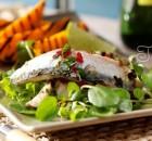Скумбрия в маринаде из трав, уксуса и овощей